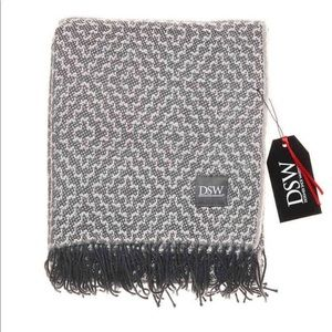 New in bag , cozy throw blanket